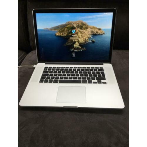MacBook Pro Retina 15, i7 2,3GHz, 16GB, 250GB SSD